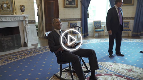 Superbe President Obama Receives His Chair